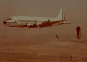 DOUGLAS DC-6  C-118